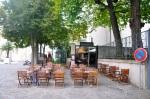 Aksi halde kullanılmayan alanların kaldırım kafe olarak değerlendirilmesi iyi bir uygulama